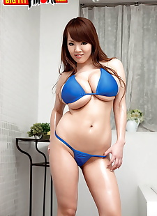 sex pics Asian model Hitomi releases her, close up , big tits