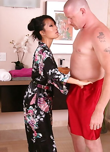 sex pics Sexy Asian masseuse Asa Akira provides, nipples , spreading